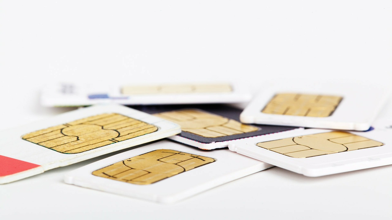 How to Fix NO SIM CARD DETECTED Error on Android - Andromaster